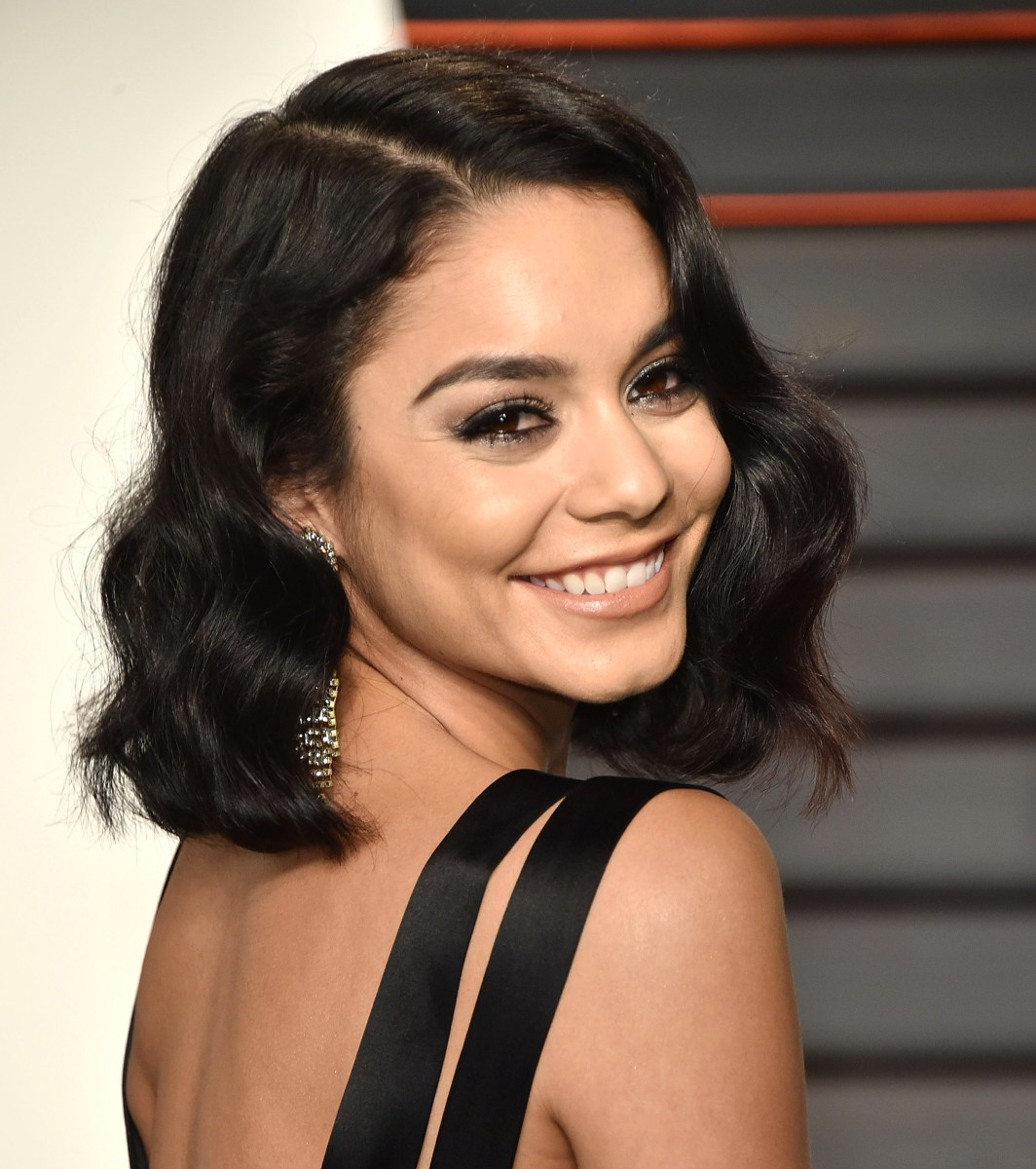 Taylor Swift's hair goes from a bob to a shag — see the ... Vanessa Hudgens