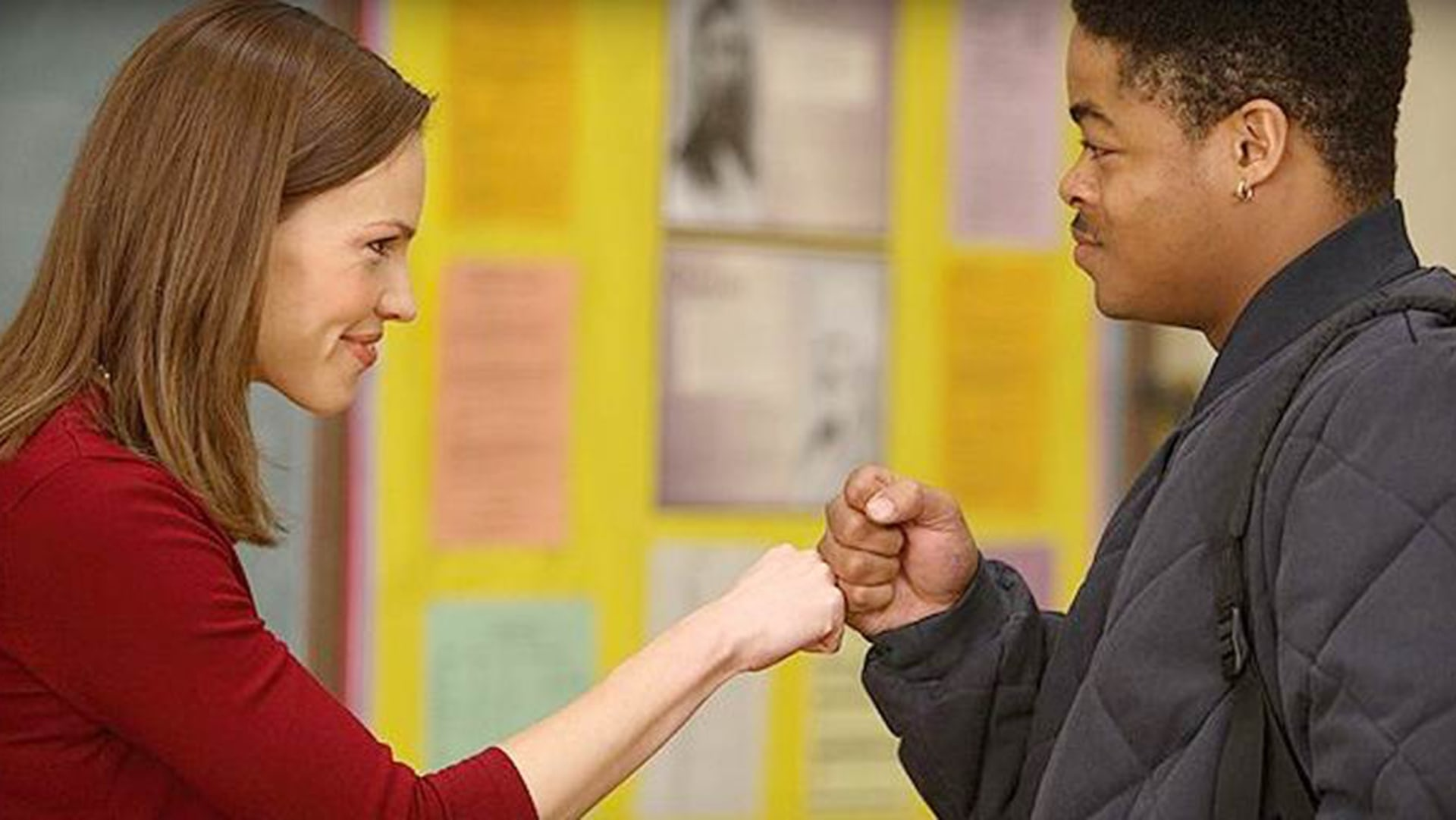 a review of the film freedom writers Hilary swank plays an inspirational teacher challenging dangerous minds in freedom writers, a true-story drama set in southern california in the 90s erin's new class is a hotbed of racial tension.