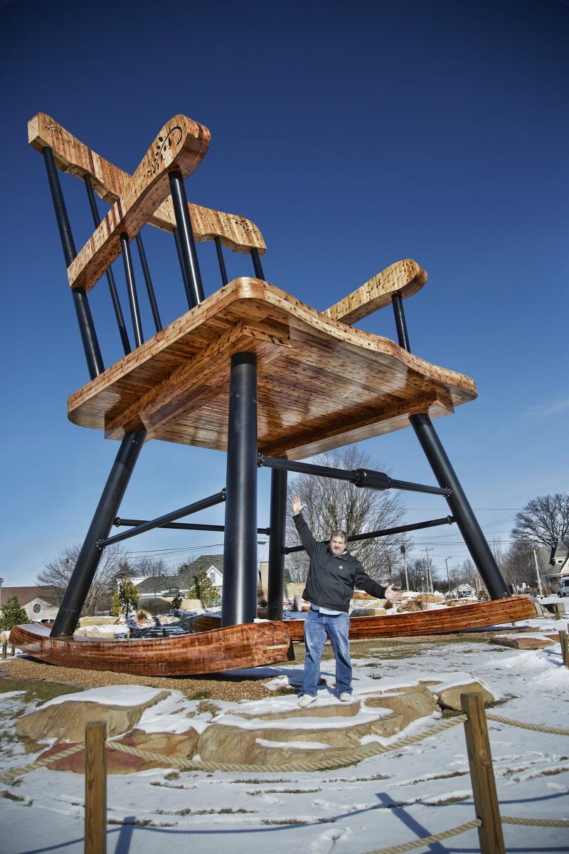 richard bradbury guinness world records largest rocking chair