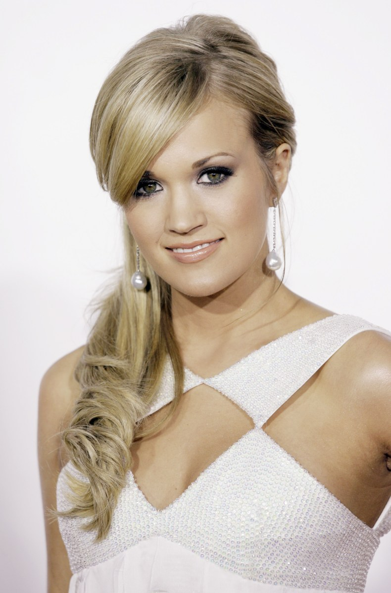 Carrie Underwood S Hair Evolution Today Com