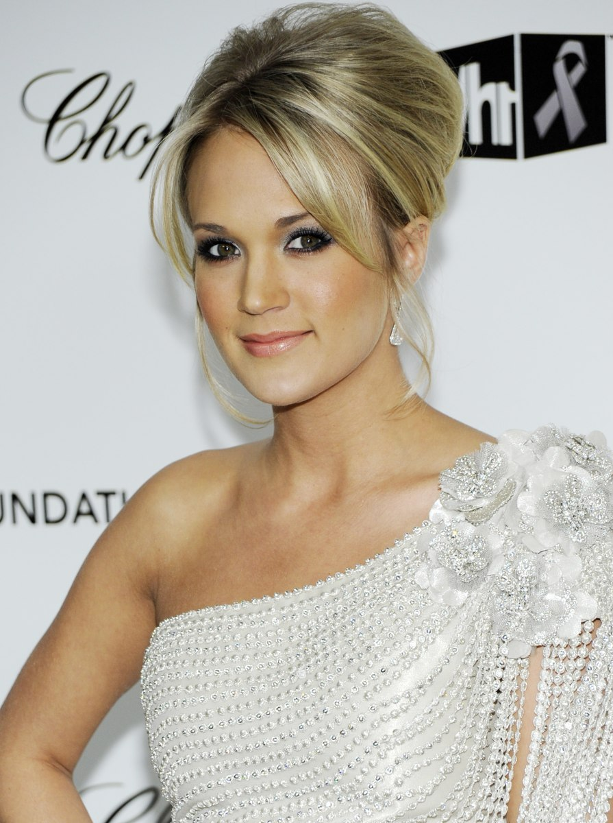 Carrie Underwood S Hair Evolution Today Com