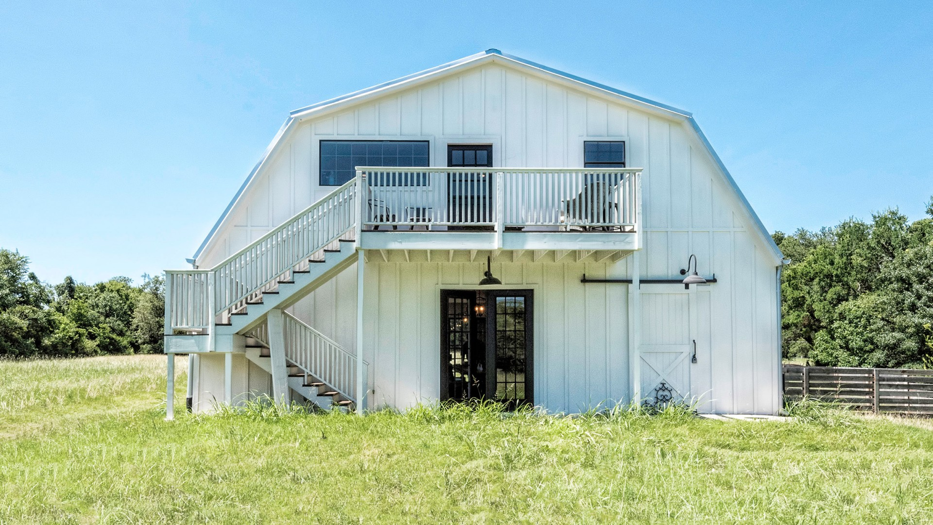 Tour The Barndominium From Fixer Upper