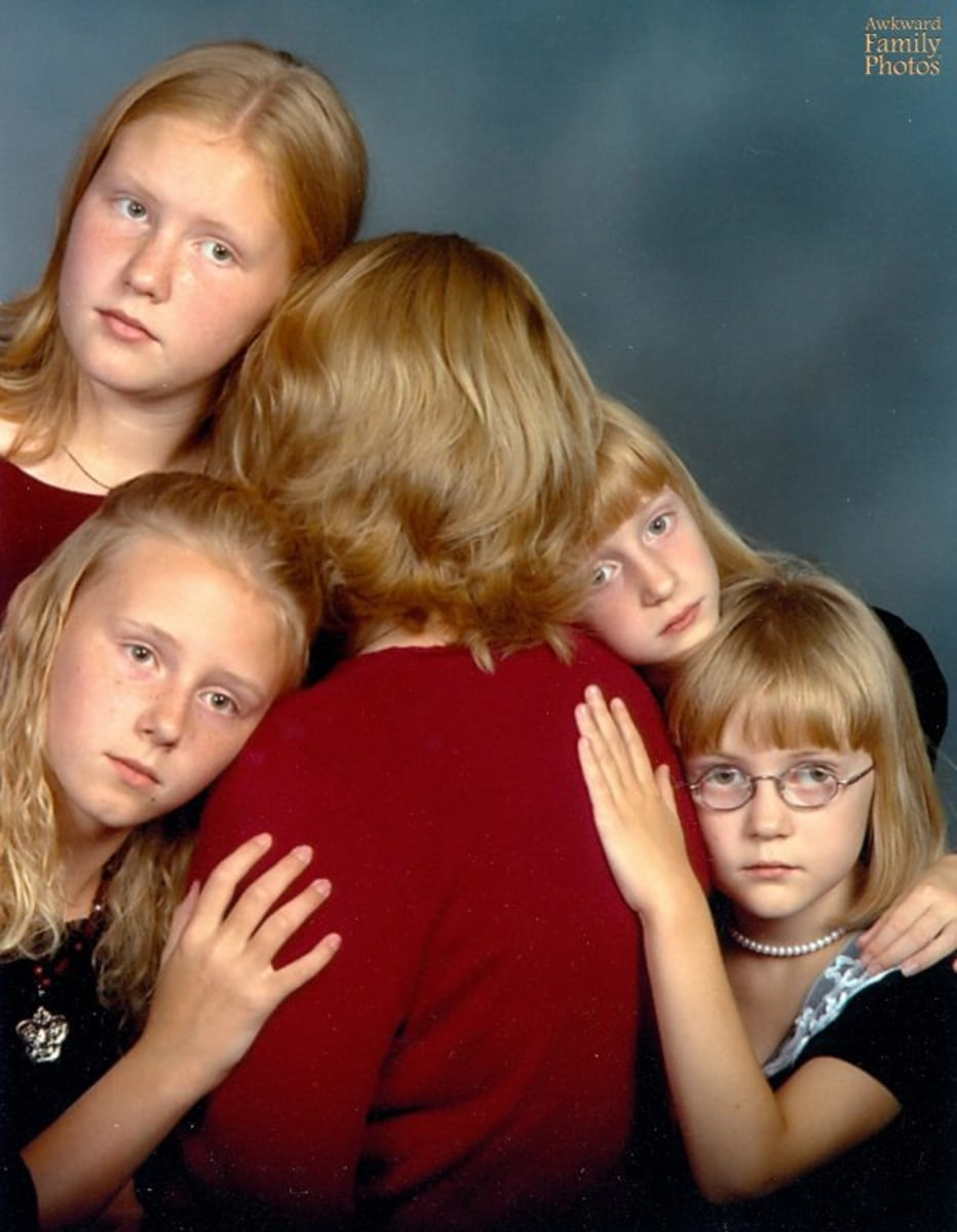 Awkward! Hilarious mom photos for Mothers Day