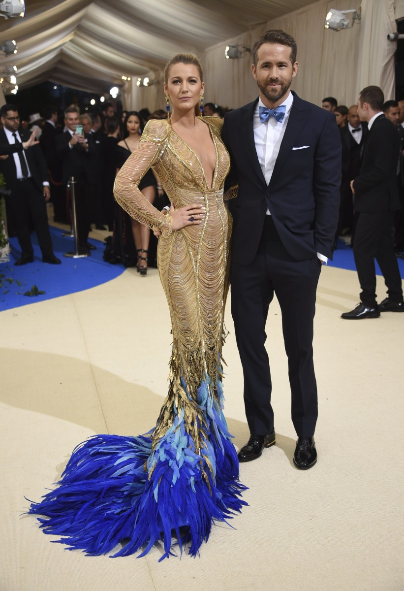 Ryan Reynolds raves about wife Blake Lively in sweet ...