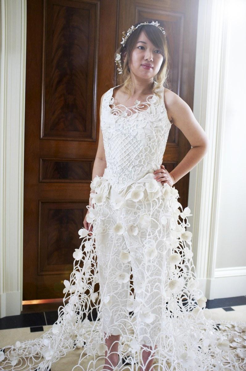 10 toilet paper wedding dress designers competition for 2 in 1 wedding dress designers