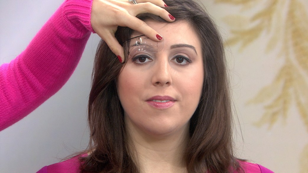 3 Ways To Trim And Treat Your Unruly Eyebrows Today