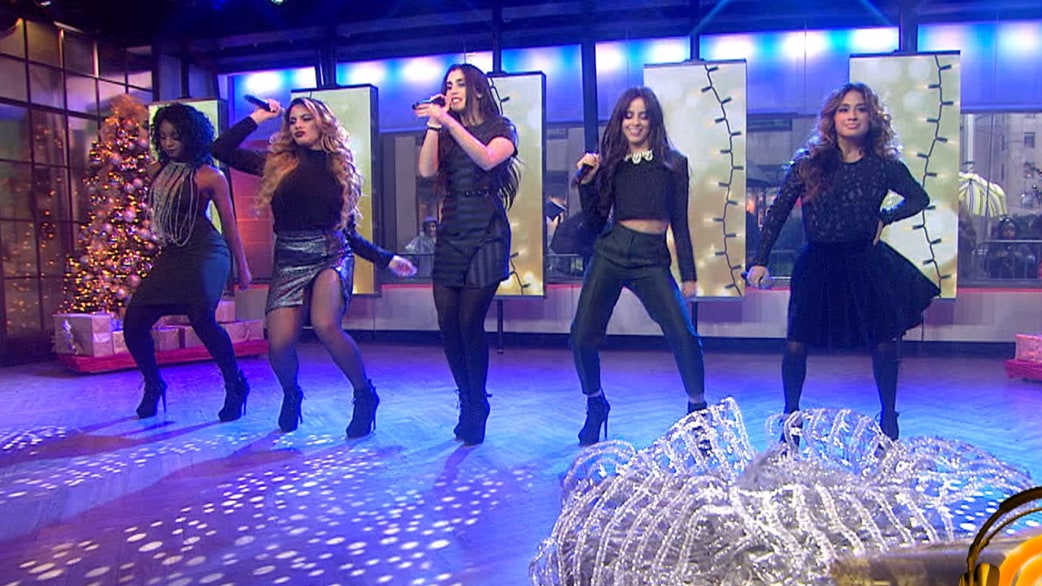 Fifth Harmony All I Want For Christmas Is You.Fifth Harmony Sings All I Want For Christmas Is You