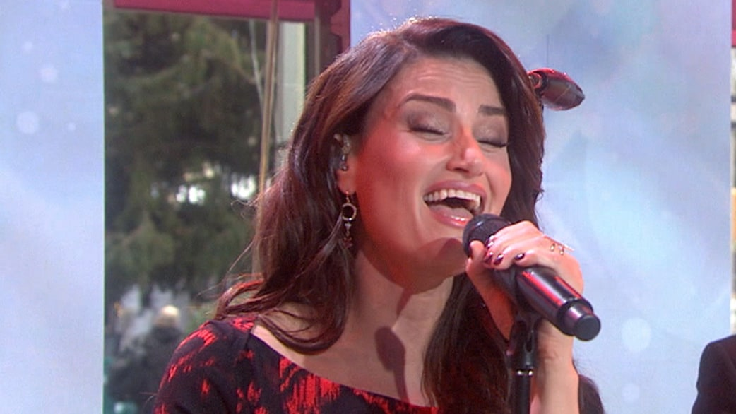 idina menzel sings white christmas - Who Sang White Christmas