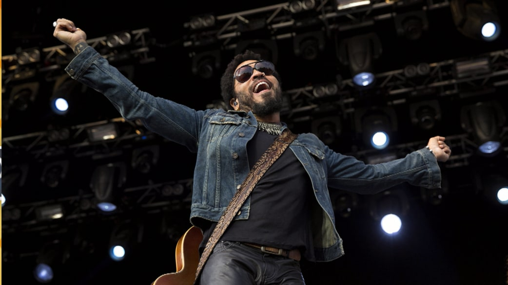 Lenny kravitz splits pants ides today on embarrassment factor