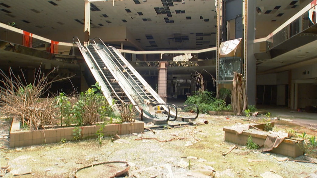 Abandoned Malls See Inside These U S Shopping Relics