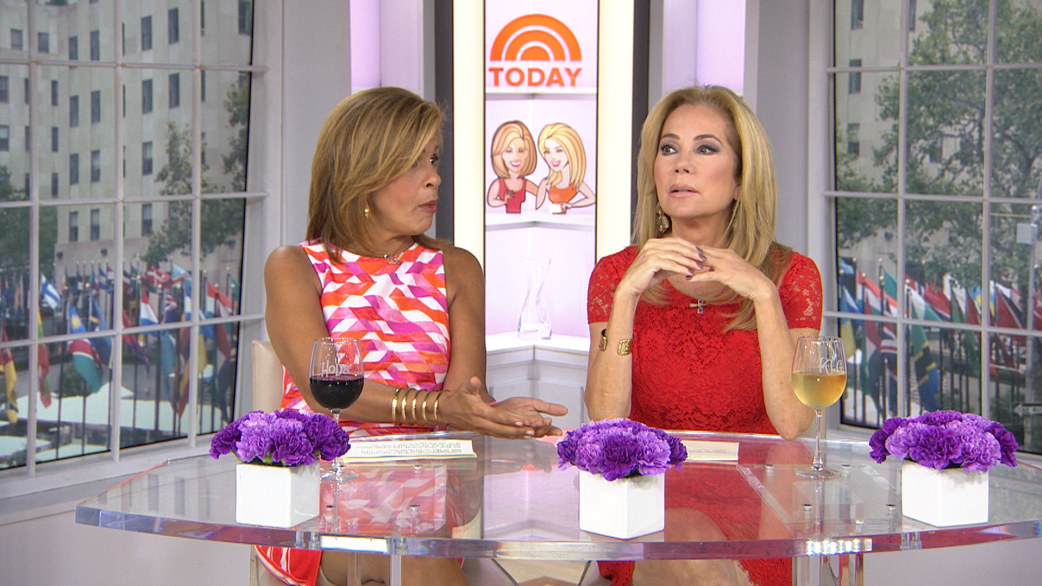 Kathie Lee A Pesky Bee Is Why I Removed My Wedding Ring Today Com