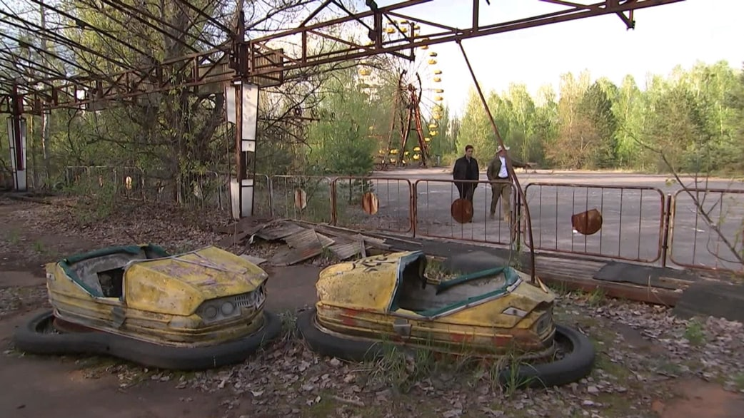See the eerie scene inside Chernobyl, 30 years after the ...
