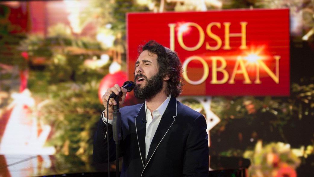 Josh Groban performs 'Have Yourself a Merry Little Christmas' live ...