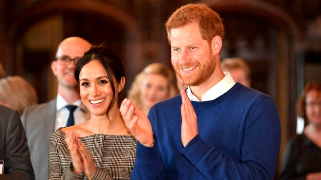 Custom Exhibition Stand By Me Royal Wedding : Meghan markle s final 'suits will air shortly before
