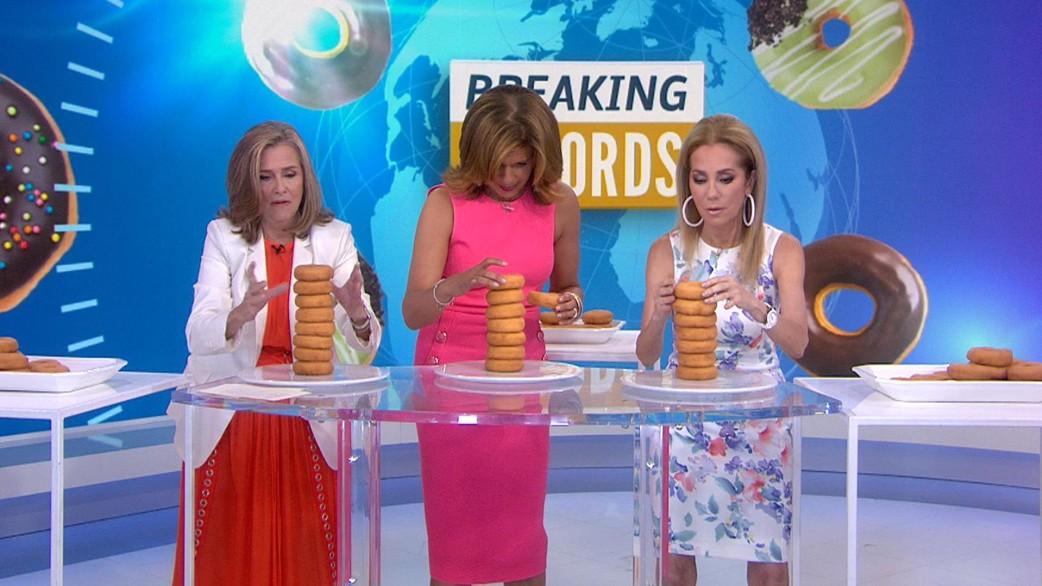 See Meredith Vieira Kathie Lee And Hoda Take Doughnut