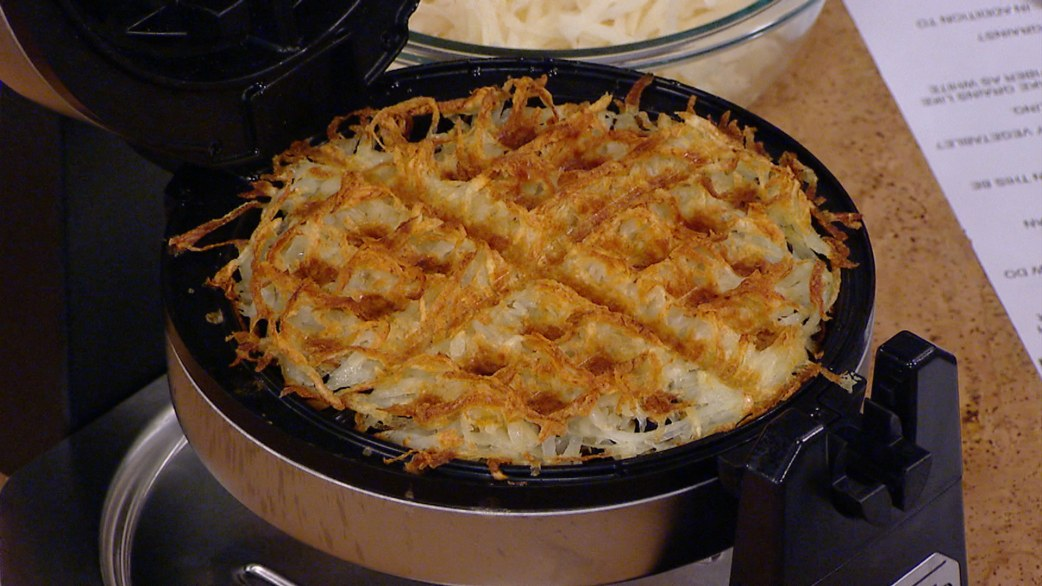 how to cook hash browns in waffle iron