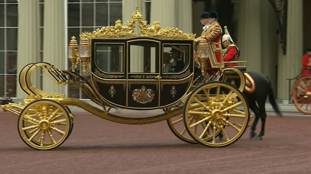 Queen Elizabeth gets a new (yet old) ride - TODAY.com