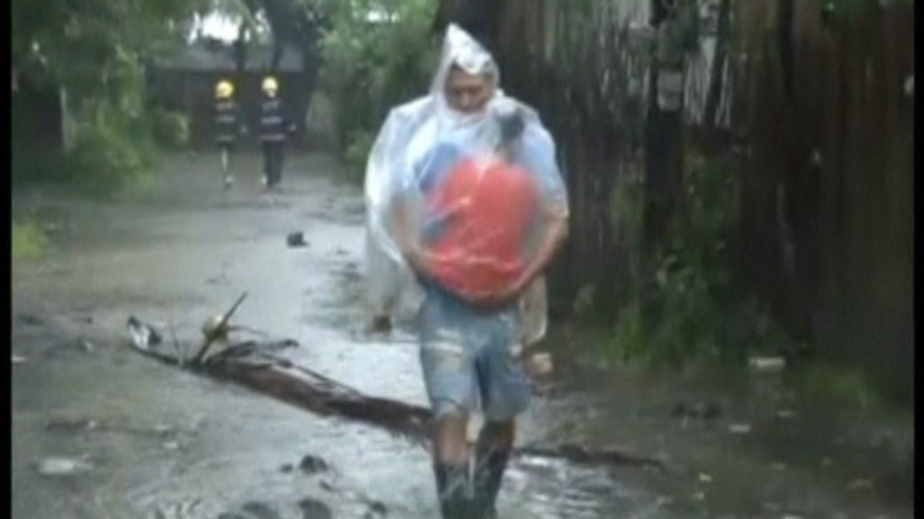 Strongest typhoon of the year hits Philippines - TODAY.com