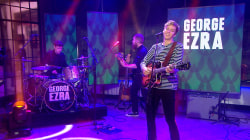 George Ezra performs 'Budapest' on TODAY