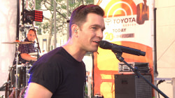 Andy Grammer: TODAY plaza crowd, 'Keep Your Head Up'