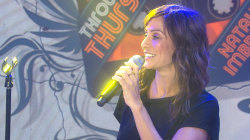 Natalie Imbruglia performs 'Torn' for Throwback Thursday