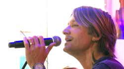 Keith Urban performs 'John Cougar, John Deere, John 3:16'