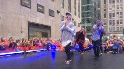 Justin Bieber serenades TODAY Plaza with 'Boyfriend'