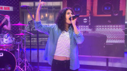Rising star Alessia Carr performs new single 'Here'