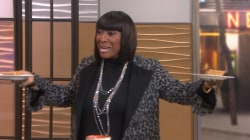 Surprise! Patti LaBelle stuns Willie Geist, Tamron Hall with pie