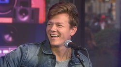 Elvis' Artist of the Month Tyler Ward sings 'Yellow Boxes'