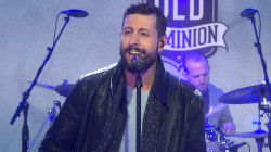 Old Dominion perform 'Break Up with Him'
