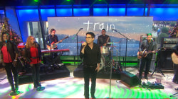 Train performs 'Have Yourself a Merry Little Christmas' on TODAY