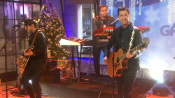 Andy Grammer performs 'Back Home' on TODAY