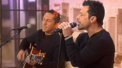 NKOTB alum Danny Wood preforms 'Hold On'