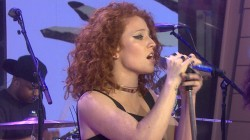 Jess Glynne performs 'Don't Be So Hard On Yourself'