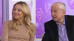Kate Hudson and Garry Marshall talk about new film 'Mother's Day'
