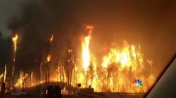 Entire Canadian City of 88,000 Forced to Flee From Wildfire