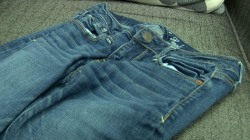 Schools Take On 'Skinny'  Jeans