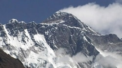 3 climbers die on Mount Everest; 2 others missing