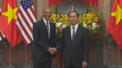 Obama Lifts Embargo on Vietnam