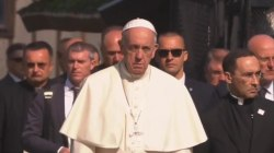 Pope Francis prays in silence at Auschwitz, meets Holocaust survivors