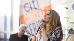 Celine Dion performs 'Over the Rainbow' live on TODAY