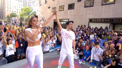 Jennifer Lopez, Lin-Manuel Miranda sing 'Love Make the World Go Round'