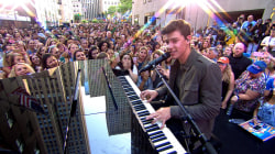 Shawn Mendes performs 'Stitches' live on TODAY