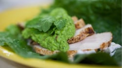Spiced chicken wraps and sweet pea guacamole: Try the heathy recipe!