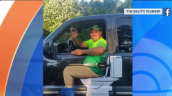 Sitting pretty: Plumber's hilarious ad shows him seated on (white) throne