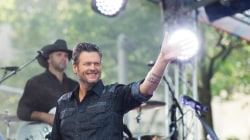 Blake Shelton performs 'Boys 'Round Here' live on TODAY