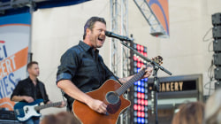Watch Blake Shelton perform 'Sangria' on TODAY