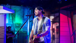 Chase Rice sings 'Everybody We Know Does' on TODAY
