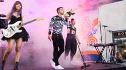 Watch DNCE perform 'Cake by the Ocean' live on TODAY